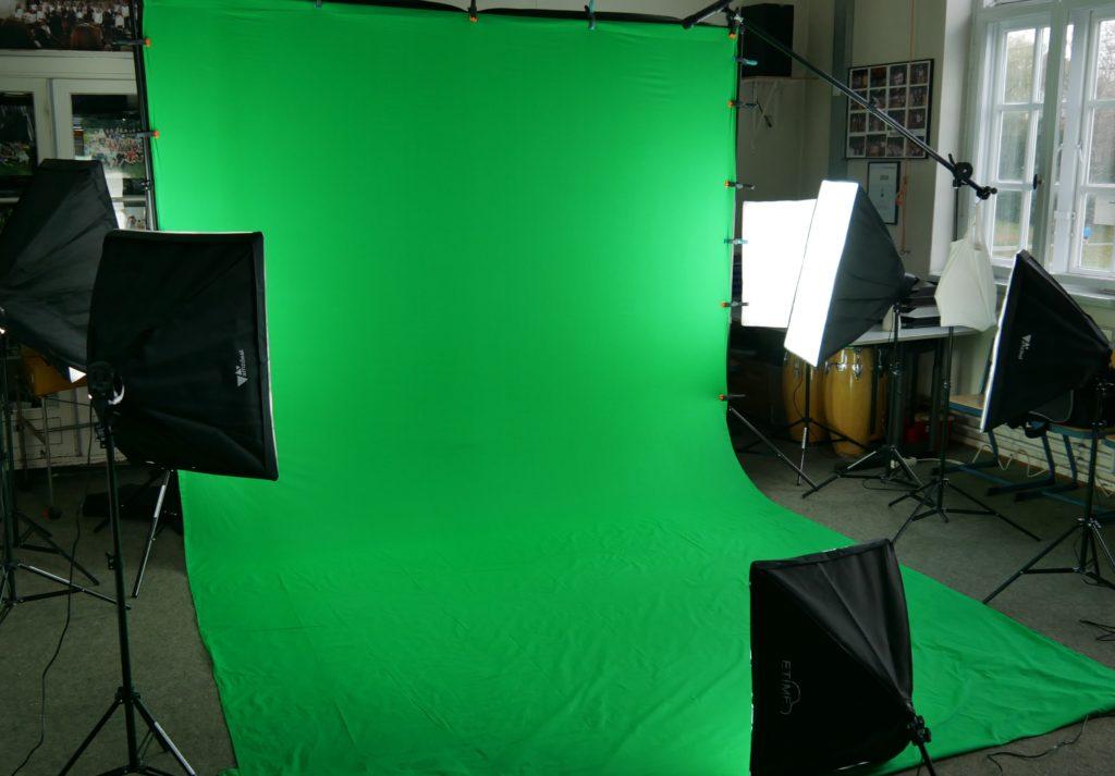 Foto eines mobilen Greenscreen-Studios für die Produktion von Informationsvideos.